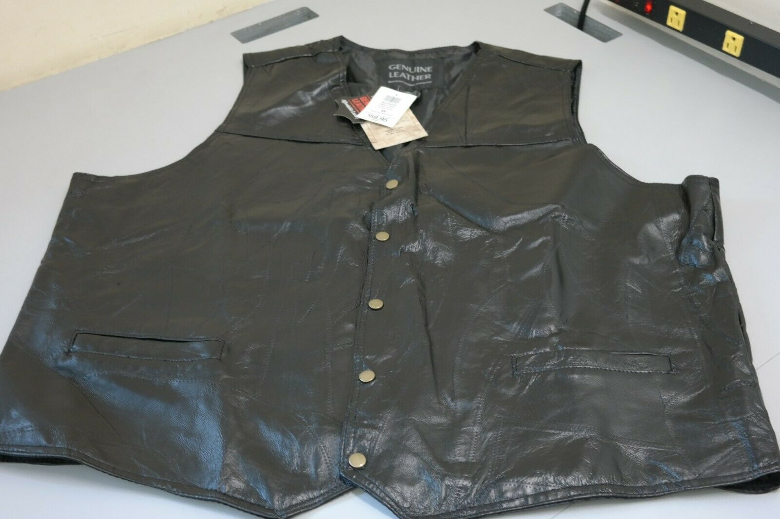 Giovanni Navarre Stone Leather Vest - Large