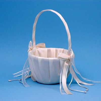 Beverly Clark A01115FB/IVO Simplicity Flower Girl Basket Ivory