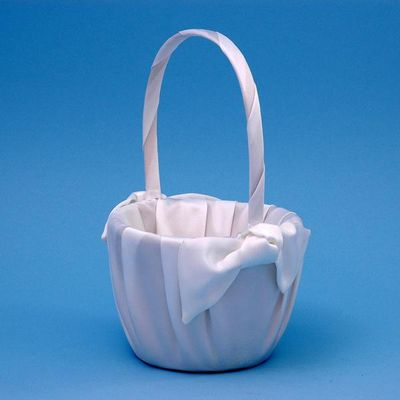Beverly Clark 92V Love Knot Flower Girl Basket - White