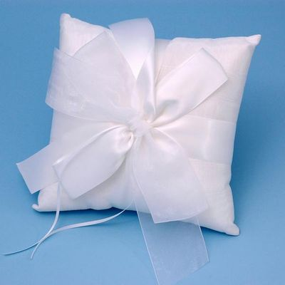 Beverly Clark 38B Tres Beau Wedding Ring Bearer Pillow in White