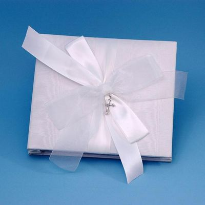 Beverly Clark 38JT Grace 8x8 Inch Wedding Photo Album in White