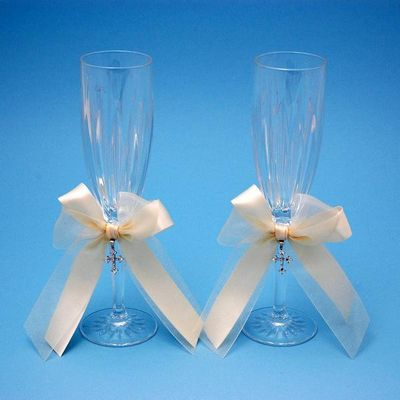 Beverly Clark 38LIT Grace Champagne Toasting Wedding Flutes in Ivory
