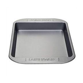 Farberware 52104 Bakeware 9-Inch Square Cake Pan