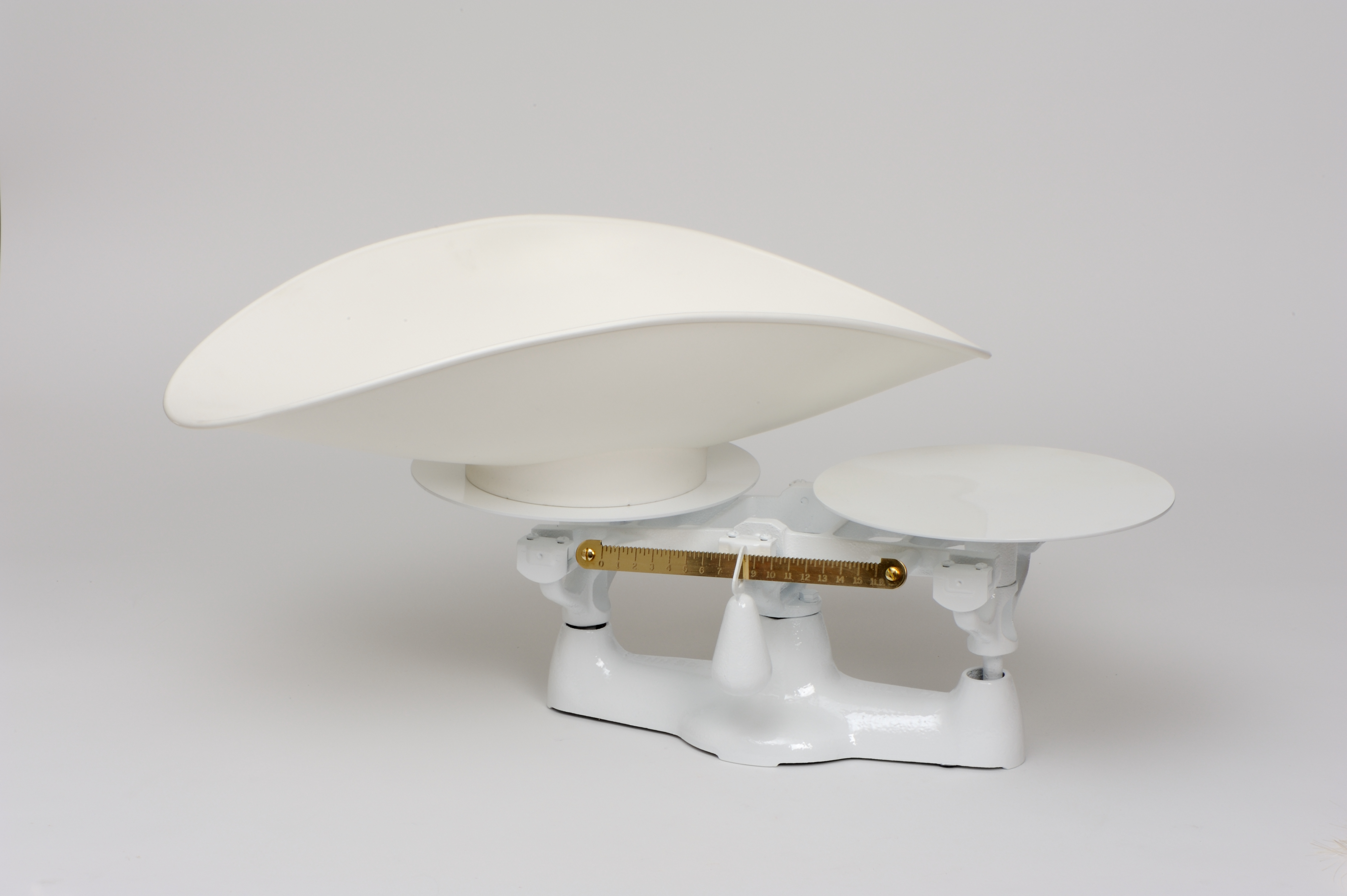Penn Scale 1402 P 8 Pound Bakers Scale with Plastic Scoop