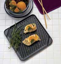 click for Full Info on this CHEFS DESIGN Single Burner Reversible Grill Griddle   3550