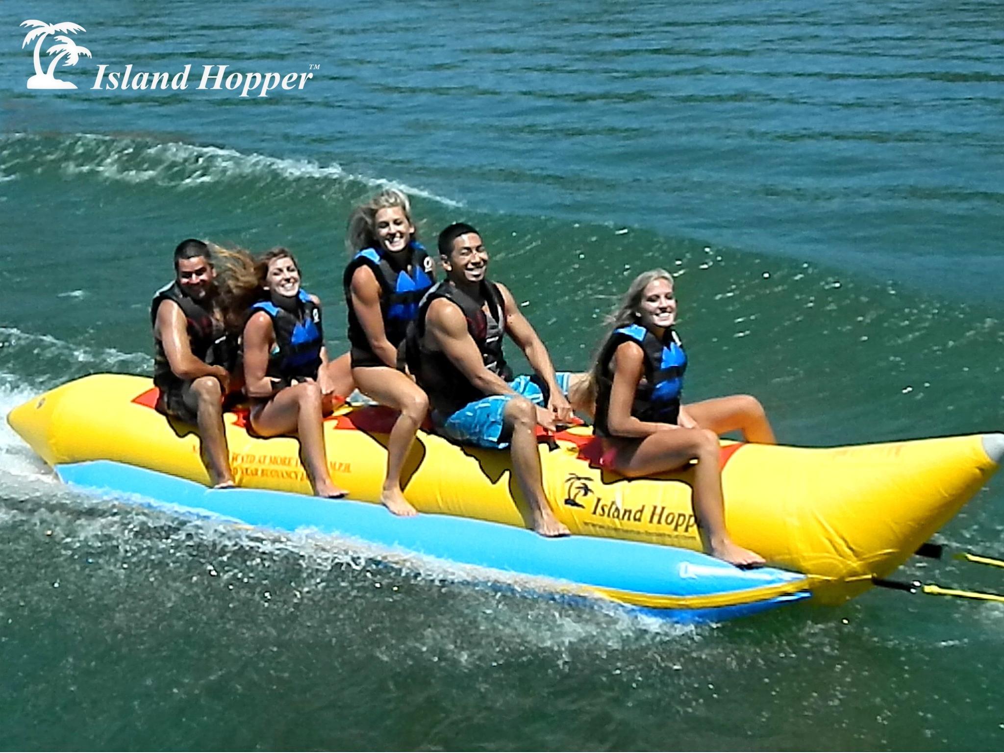 Aqua Sports 420-5 5 Passenger 17 Feet In-line Seats Island Hopper Recreational Banana Water Sled
