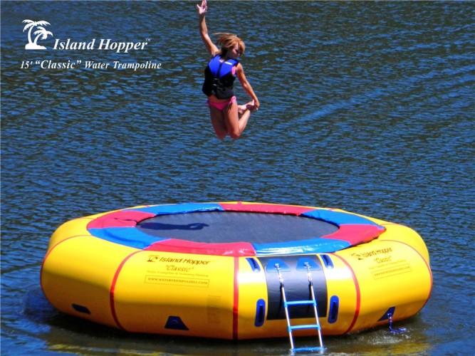 Aqua Sports 15 PVCTUBE 15 Foot Island Hopper Classic Trampoline