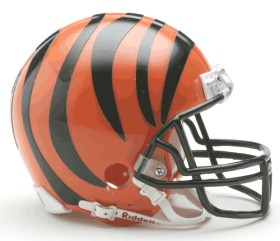 Cincinnati Bengals Replica Mini Helmet w/ Z2B Face Mask CASY7014