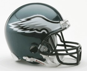 Philadelphia Eagles Replica Mini Helmet w/ Z2B Face Mask CASY7029