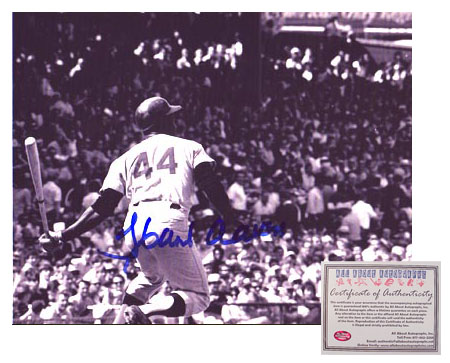 Hank Aaron Hand Signed 8x10 Photo - 3000 Hit