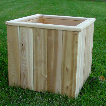 All Maine Bucket D007 16 Inch Cedar Cube Planter