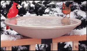 API 20 Inch Heated Deck Rail Bird Bath with Quick Release