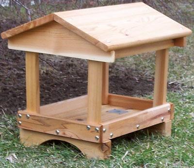 Stovall SP5F 17 x 15 x 20 Wood Pavillon Feeder CCRP0368