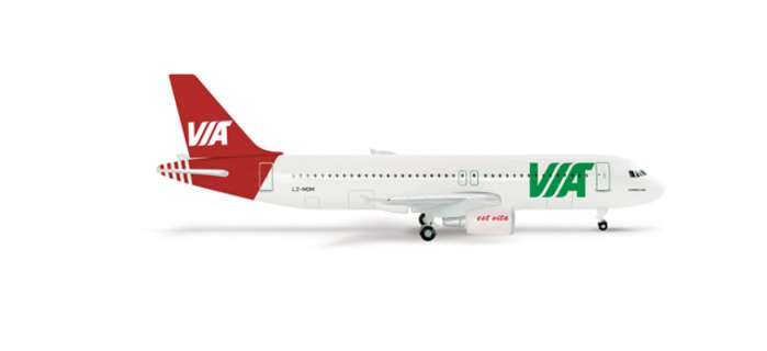 Daron Worldwide Trading  HE509053 Herpa Air Via A320 1/500