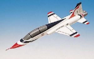 Daron Worldwide Trading B0548 T-38A Thunderbird 1/48TH AIRCRAFT