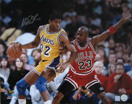Superstar Greetings MJ-16u MAGIC JOHNSON SIGNED 16X20 PHOTO