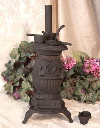"IWDSC 0166-10141 13"" Cast Iron Stove Pot-Bellied"