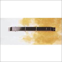 Rogar 1410 12 Inch Bar Rack - Black with 4 Black Regular Hooks Hooks