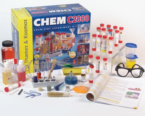 Thames and Kosmos 644512 CHEM C2000 Chemistry Set