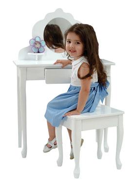 Kid Kraft Medium Diva Table and Stool 13009
