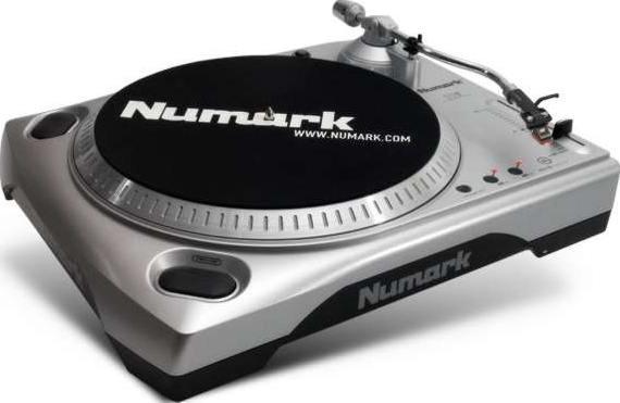 NUMARK INDUSTRIES TTUSB Turntable with PC, MAC USB Audio Interface and Audacity software