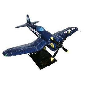 Daron Worldwide Trading  ESSN003 F4U-4 Corsair Usmc 1/32