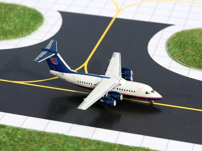 Daron Worldwide Trading  GJ761 Gemini United Express BAE146 1/400