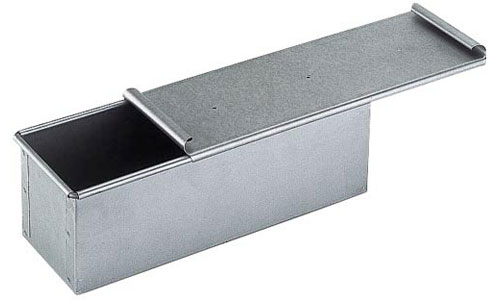 Paderno World Cuisine 41750-40 Aluminized/Steel Bread Pan with Cover WDC2693