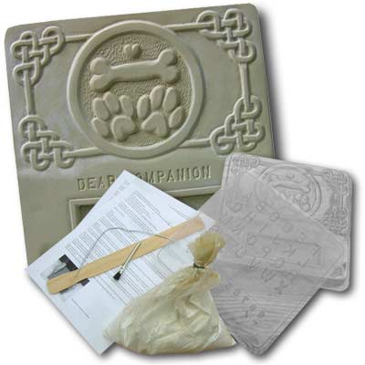 Garden Molds XPL-DOG1212 Dog Memorial Plaque Kit- Pack of 2
