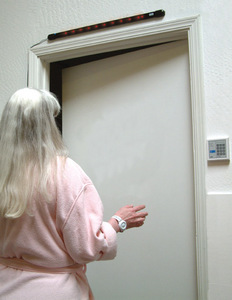 Smart Caregiver  TL-3005 Stand-Alone Door Monitor Bar - USE TL-2012S and TL-2012D Wristbands