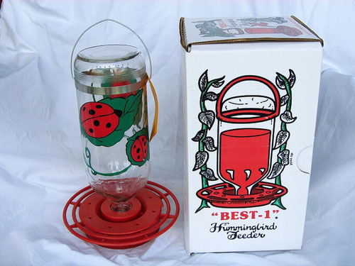 Best1 Hummingbird Feeder 32 oz. Boxed Lady Bug