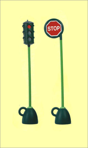 Italtrike 9402A Traffic Light and Stop Sign Set