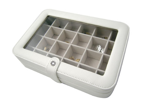 Mele & Co. 0055030M Faux Leather Crystal Jewelry Box with 24 Sections in Ivory