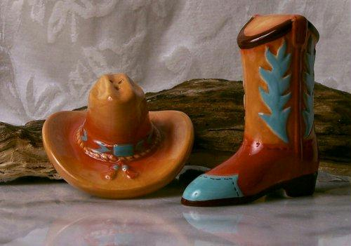 Cowboy Hats - Cowboy Hat And Boot Salt And Pepper Shakers