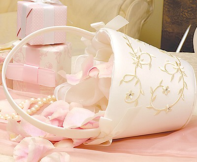 Cathys Concepts 1001I Ivory Sparkling Entwined Flower Girl Basket