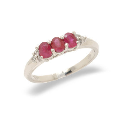 14K Gold Diamond and Ruby Ring Size 7