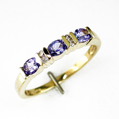 14K Gold Diamond and Tanzanite Ring Size 8.5