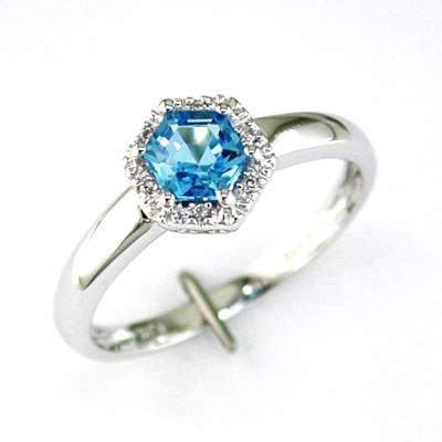 14K White Gold Diamond and Blue Topaz Ring Size 6