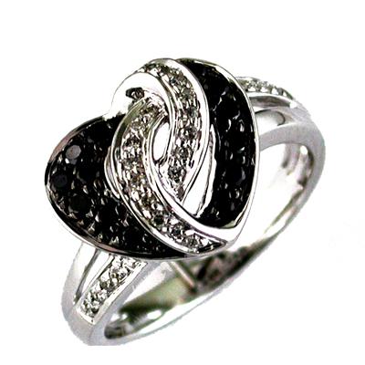14K White Gold Diamond and Black Diamond Heart Ring Size 6.5
