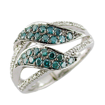 14K Diamond and Blue Diamond Ring Size 6.5