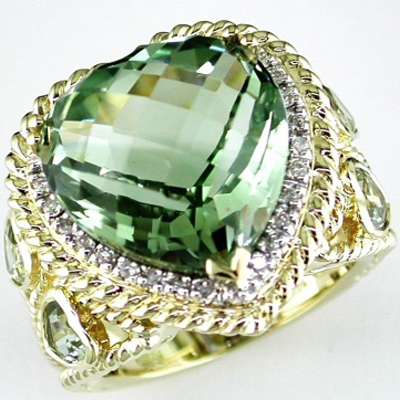 14K Yellow Gold Diamond and Green Amethyst Ring Size 7