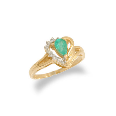 14K Gold Emerald and Diamond Heart Shaped Ring Size 6