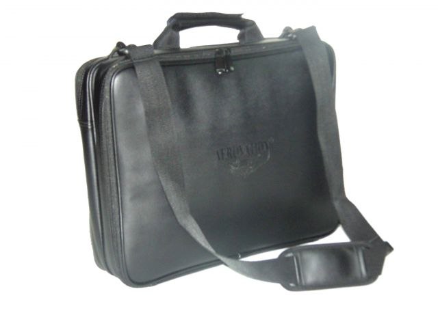 Aerovation CPFK-2A 17   Black Leather Checkpoint Friendly Laptop Bag