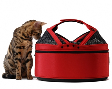 Sleepypod Ai-Red In-Cabin Pet Carrier -Strawberry Red