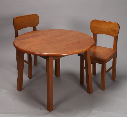 Giftmark 1407H Natural Hardwood Round Table and Chair Set- Honey Finish