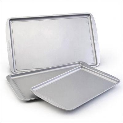 Farberware 52019                                     Farberware Bakeware Triple Pack
