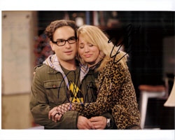 Powers Collectibles 14465 Signed Big Bang Theory The Johnny Galecki Kaley Cuoco 8x10 By Johnny Galecki and Kaley Cuoco Photo