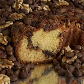 My Grandma CCLGC16 Large 10 in. 3.1 lbs Presliced Chocolate Chip Coffee Cake