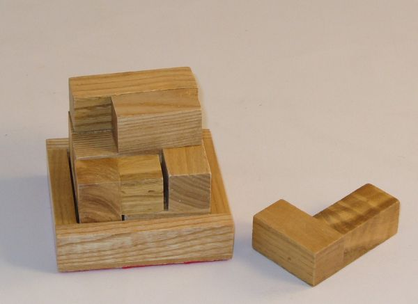 Square Root SQ14 Crazy Soma Cube - Oak