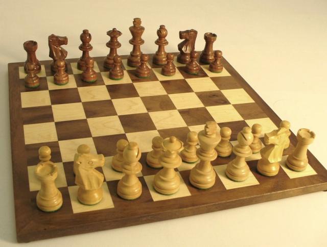 WW Chess 25SF-WC Sheesham French Set - Small